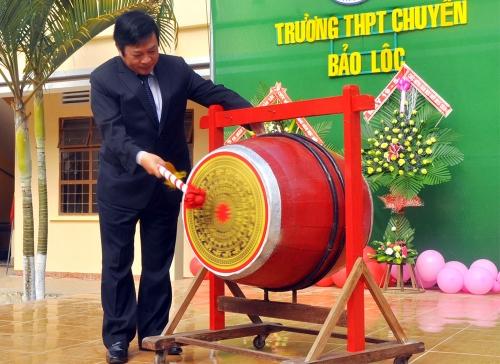 THPT Chuyên Bảo Lộc tưng bừng ngày khai giảng năm học 2015-2016