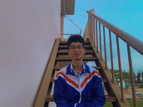 Em: Trần Đức Minh - Lớp 12 Chuyên Tin giành học bổng toàn phần Olympic Tin học