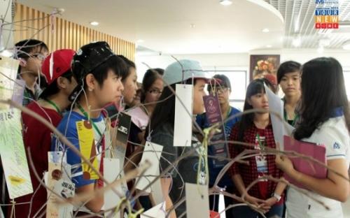 Học sinh THPT Chuyên Bảo Lộc, THPT Chuyên Bạc Liêu, THPT Chuyên Lương Văn Chánh tham gia Campus Tour 2015
