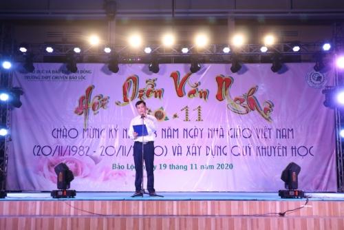 Hội diễn Văn nghệ chào mừng 38 năm Ngày Nhà giáo Việt Nam